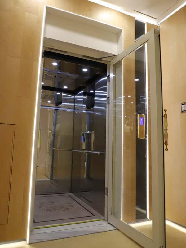 المسمار   مصعد