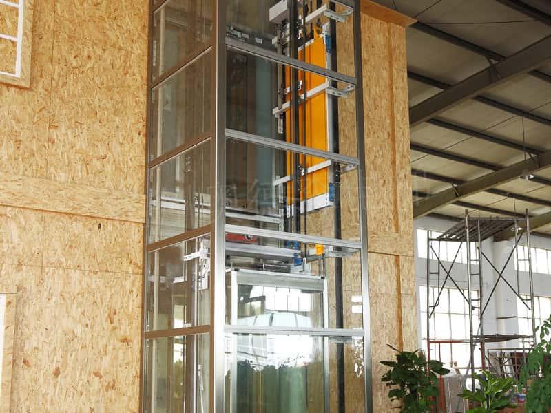 العملاقة من نوع   المصعد OTLM2000