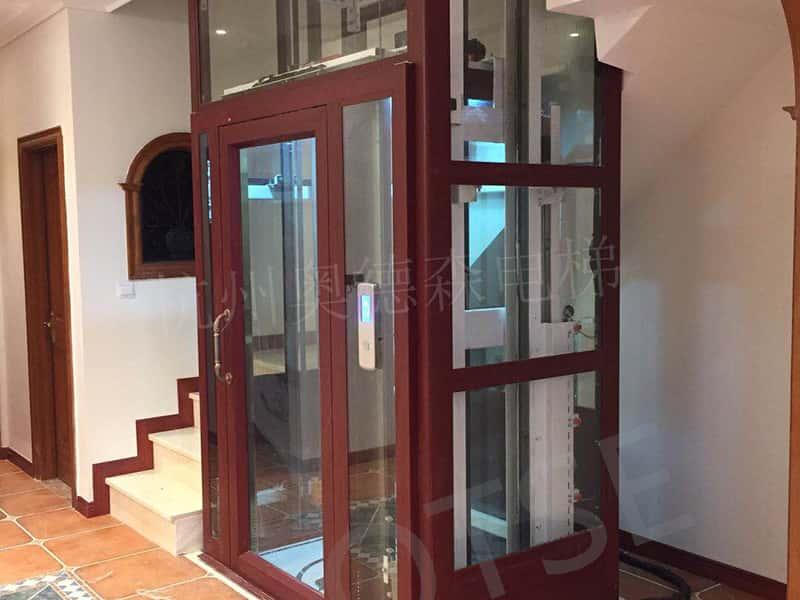 العملاقة من نوع   المصعد OTLM4000